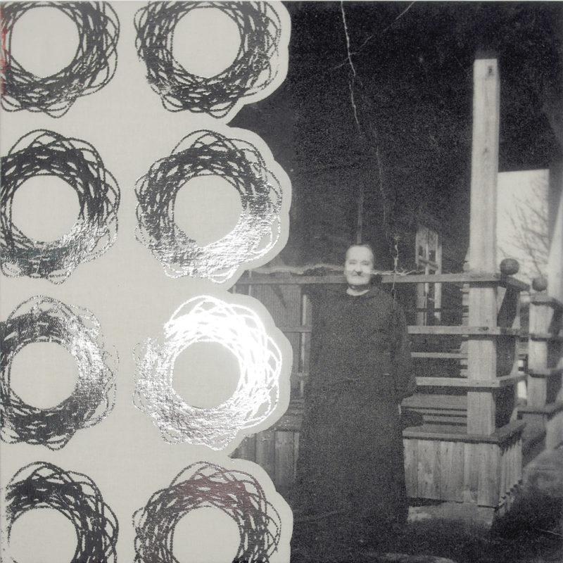 Isoisomummo-tekstiiliteos, valokuva kankaalla